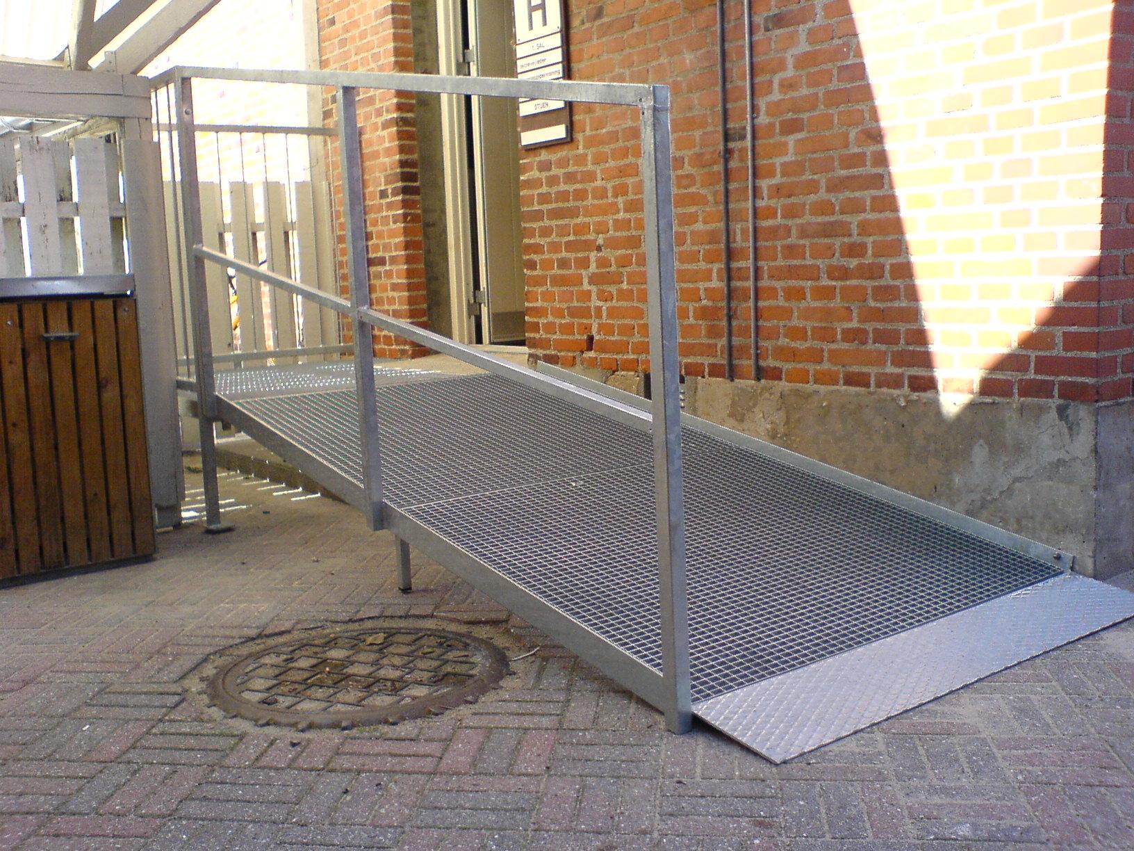 rampe_indgangsdoer_trappe-rampe_dsc00097