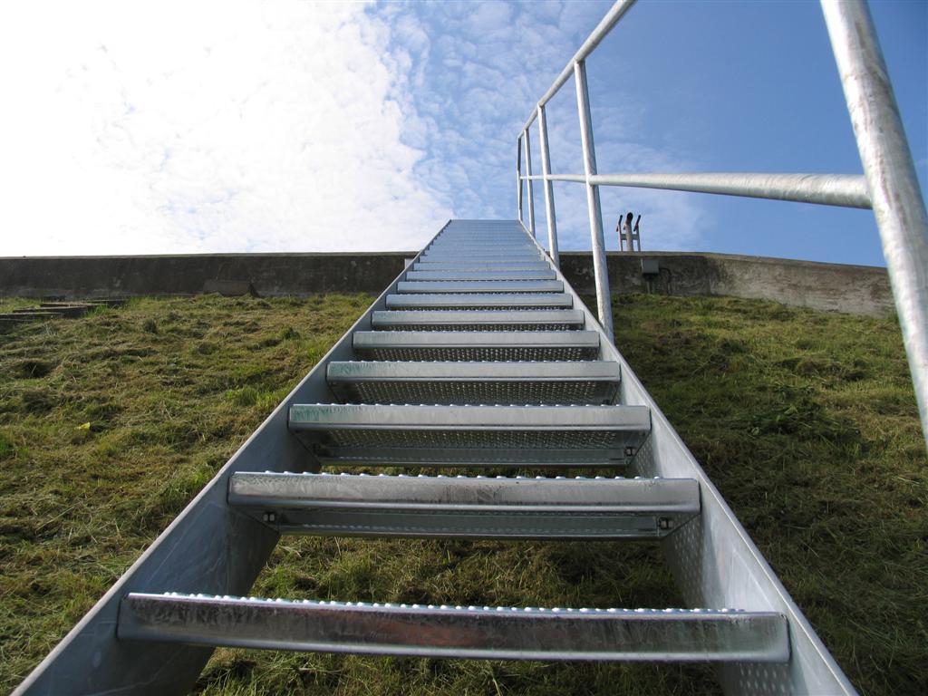 trapper-ligeloeb-terraen-vandvaerker-0483