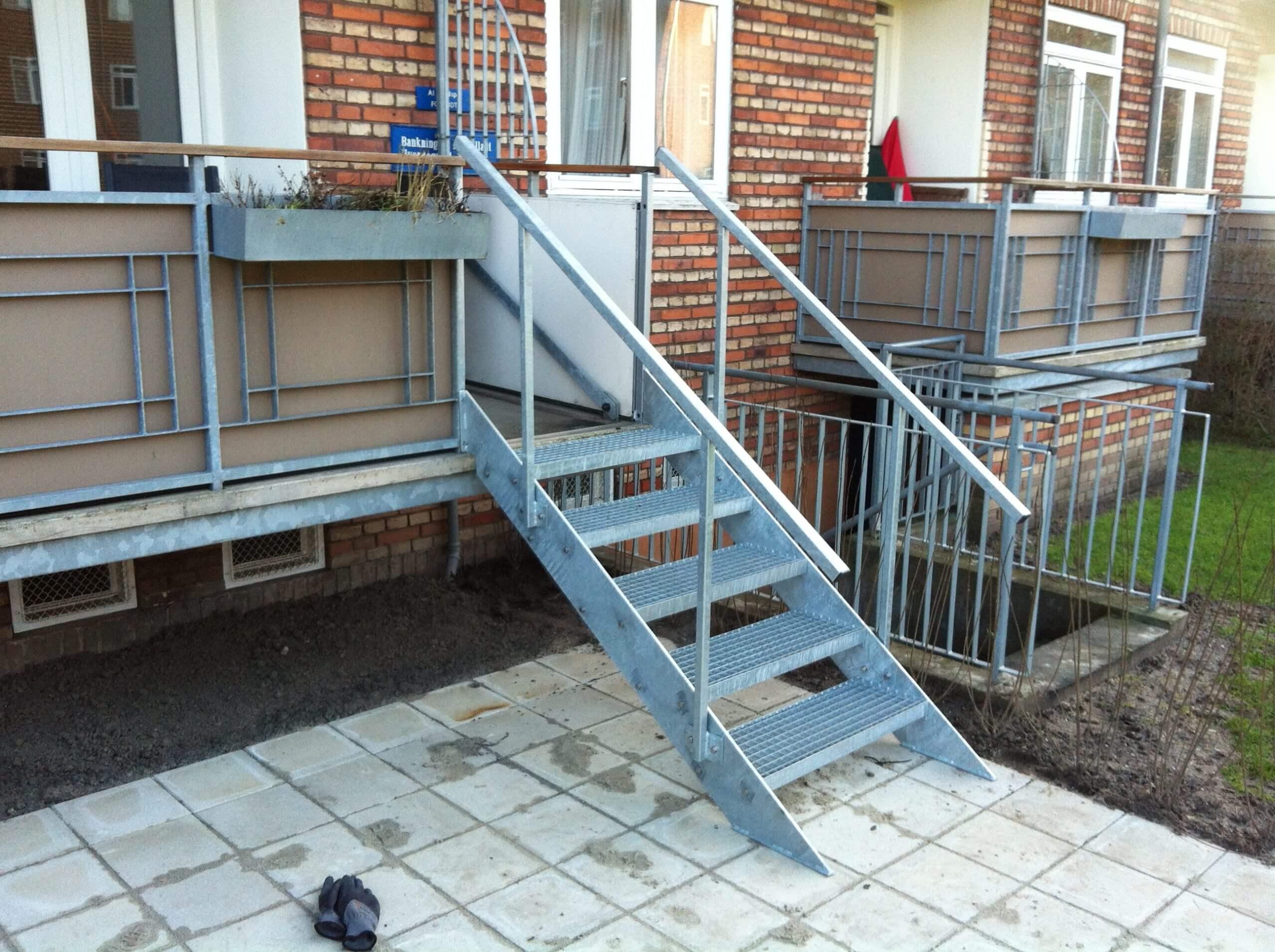 Trappe til terrassen