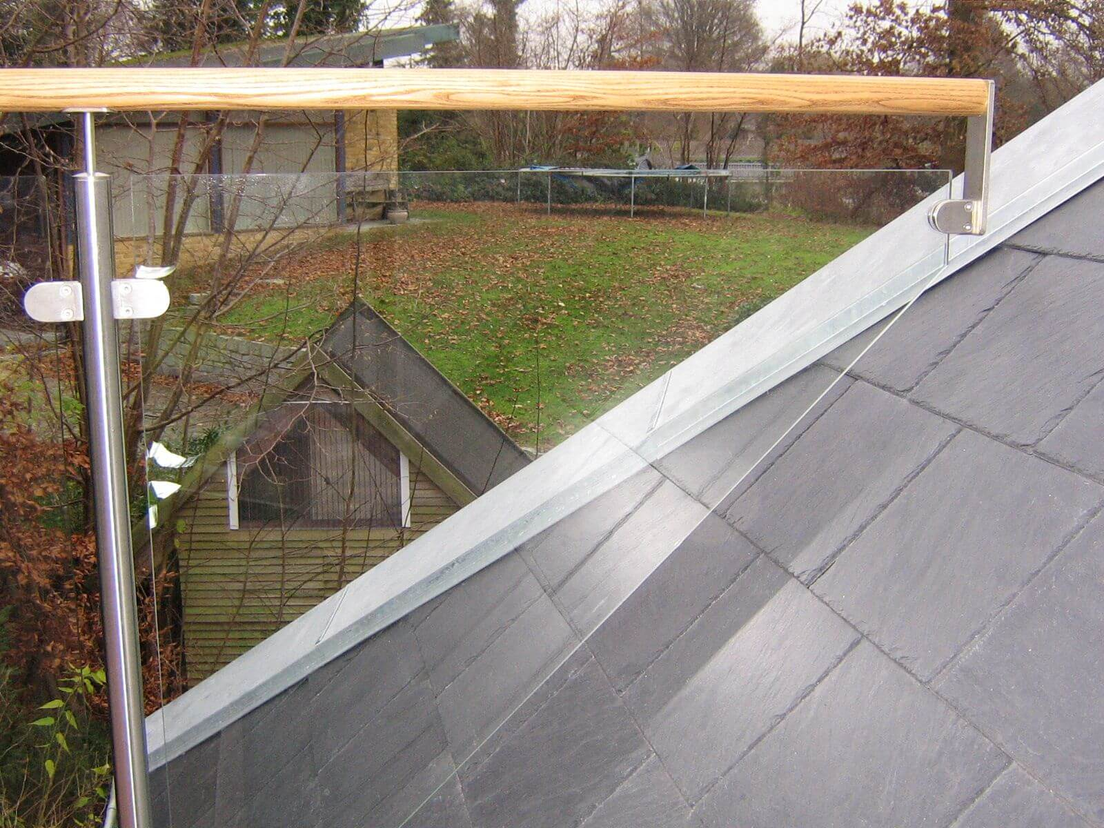 Crosinox gelænder og rækværker, monteret på tag terrasse