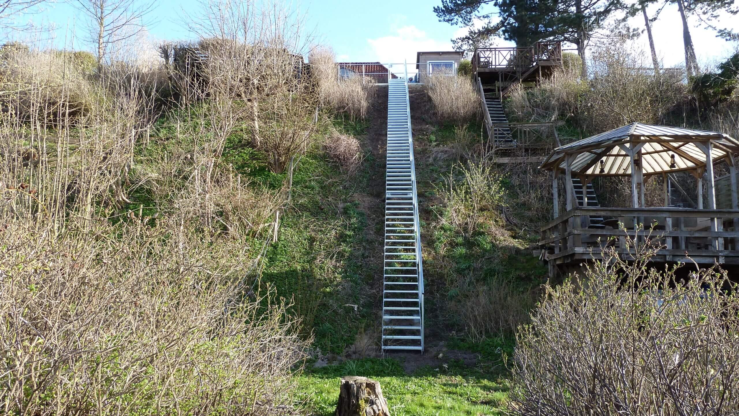 Galvaniseret terræn trappe