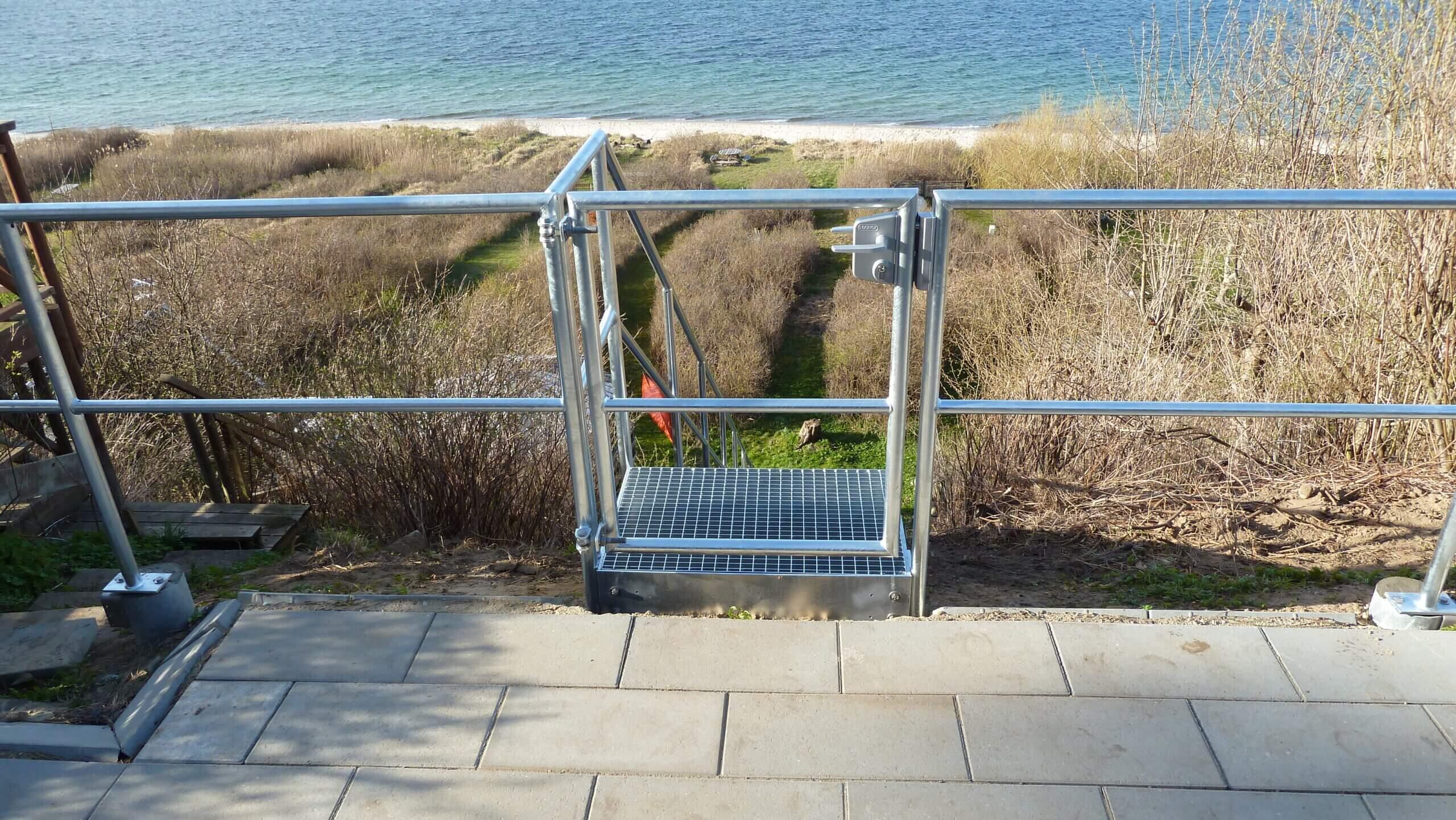 Galvaniseret terræn trappe med locinox lås